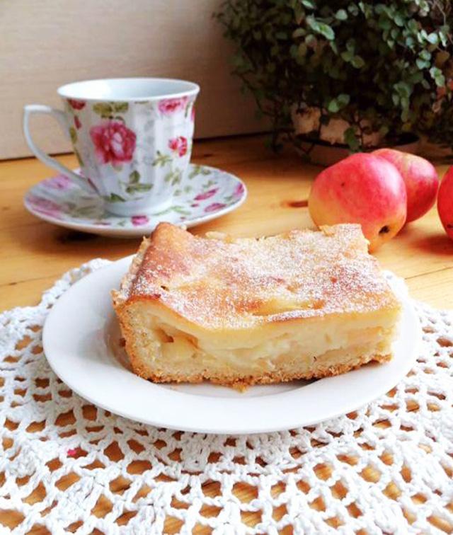 Нежнейший цветаевский пирог с яблоками и кремом: рецепт с фото