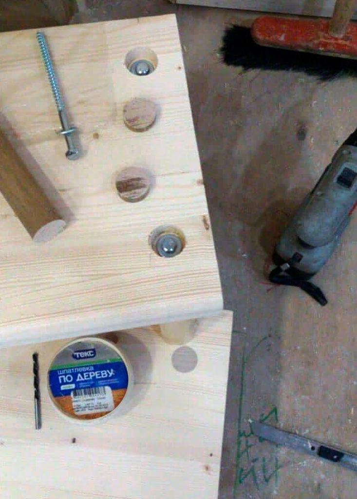 Как сделать деревянную полукруглую лестницу на металлической оси своими руками